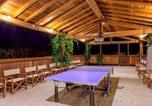 Location vacances Terranuova Bracciolini - Cosy and Warm Country Cottage on Pratomagno Mountain-4