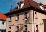 Location vacances Hirschaid - Hotel am Markt-1