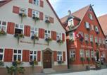 Hôtel Feuchtwangen - Hotel-Restaurant Goldenes Lamm-1