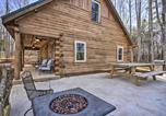 Location vacances Roanoke - Stylish Creekside Cabin with Fire Pit Near Wineries!-3