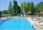 Camping avec Piscine Huanne-Montmartin - Camping Le Val d'Amour-1