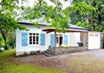Location vacances Vresse-sur-Semois - Cozy Holiday Home in Monceau-en-Ardenne with Fenced Garden-3