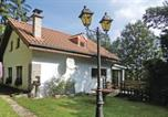 Location vacances  Luxembourg - Holiday Home U-9417 Vianden with Fireplace 12-4