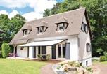 Location vacances  Orne - Four-Bedroom Holiday Home in Bagnoles de l'Orne-1