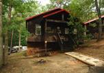 Villages vacances Highlands - Carolina Landing Camping Resort Luxury Cabin 8-1