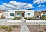 Location vacances Las Cruces - Sw Mid-Century Modern Home in Rim and Utep Area!-2
