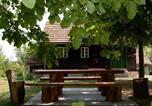 Location vacances Gornja Stubica - Holiday home Hižica v plavem trnacu-1