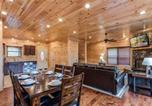 Location vacances Gatlinburg - Majestic Manor - Three Bedroom Cabin-4