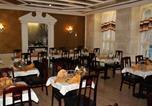 Hôtel Longeau-Percey - Hôtel Restaurant Henri Iv-2