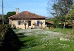 Location vacances Razengues - House with 3 bedrooms in Martisserre with enclosed garden and Wifi-2