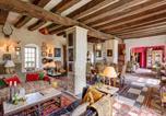 Location vacances Saumur - Varennes-sur-Loire Villa Sleeps 6 Pool Wifi-2