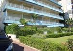 Location vacances Vallauris - Charmant Studio face à la mer à Golfe-Juan-2