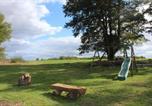 Location vacances Couffy - Gîte à l'ombre des chênes-4