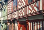 Location vacances Vieille ville de Honfleur - La bâtisse de Honfleur + Parking privé-2
