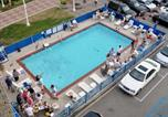 Hôtel Virginia Beach - Belvedere Beach Resort-4