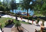 Camping avec Quartiers VIP / Premium Haute-Garonne - Flower Camping Du Lac De Thésauque-1
