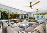 Location vacances Diddillibah - Gorgeous Sun-Soaked Family Getaway With Pool-1