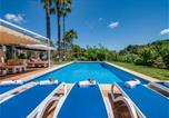 Location vacances Llubí - Holiday Home in Llubi Sleeps 6 with Pool Air Con and Wifi-3