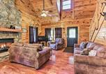 Location vacances Sevierville - Cabin w/ Hot Tub + Comm Pool - Mins to Dollywood!-4