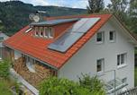 Location vacances Wolfach - Gorgeous roofed apartment in Schiltach with pond and pool-1