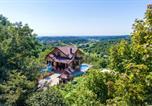 Location vacances Marija Bistrica - Beautiful home in Donja Zelina w/ Outdoor swimming pool and 3 Bedrooms-1