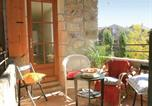 Location vacances Rocher - Five-Bedroom Holiday Home in Vinezac-3