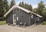 Location vacances Give - Two-Bedroom Holiday Home in Give-1