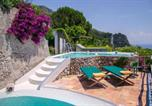 Location vacances Maiori - Maiori Villa Sleeps 12 Pool Air Con Wifi-2