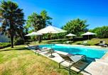 Location vacances Savignac-de-Duras - Landerrouat Villa Sleeps 8 Pool Wifi-3