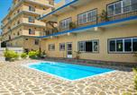 Location vacances Calodyne - Apartment with 2 bedrooms in Grand Gaube with shared pool enclosed garden and Wifi-1