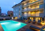 Location vacances Pomigliano d'Arco - Sanantonio Aparthotel-1
