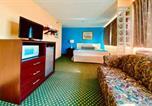 Hôtel Lakewood - Howard Johnson by Wyndham Denver West-4