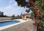 Location vacances Rustiques - Spacious Villa with Private Pool in Marseillette-1