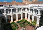 Hôtel Ferreries - El Claustre de Ciutadella - Albergue Juvenil-1
