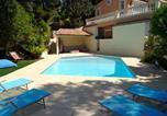 Hôtel Sausset-les-Pins - Villa Esguia-1