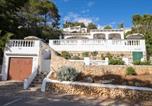 Location vacances Son Bou - Villa Los Pinos-2