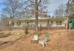 Location vacances Elberton - Relaxing Waterfront Escape with Dock and Fire Pit!-3