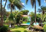 Location vacances  Guadeloupe - Villa Piscine et Iguanes en bord de mer proche plages marina et golf-2