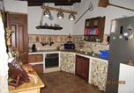 Location vacances Añora - House with 5 bedrooms in El Alcornocal with furnished terrace and Wifi-2
