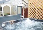 Location vacances Colwyn Bay - Colwyn Bay Villa Sleeps 10 Wifi-2