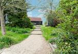 Location vacances Staplehurst - Detached Holiday Home in Frittenden with Garden-4