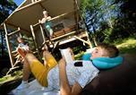 Camping avec Hébergements insolites Puy de Dôme - Flower Camping Les Vernières-4