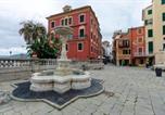 Location vacances  Ville métropolitaine de Gênes - Altido Family Flat beside Baia del Silenzio-3