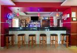 Hôtel Milwaukee - Days Inn & Suites by Wyndham Milwaukee-4