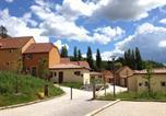 Villages vacances Neuvic - Résidence Odalys - Les Coteaux de Sarlat-1