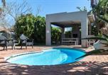 Location vacances Port Elizabeth - 17 on 5th Avenue Walmer Guesthouse-2