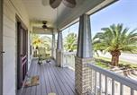 Location vacances Galveston - 'The C-Horse' Home with Deck 5 Min to Pleasure Pier!-2