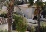 Hôtel Nézignan-l'Evêque - Maison d'hôtes L'Oasis Du Golf-3
