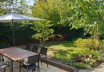 Location vacances Broadway - The Old Bank Beautiful Cotswold House with Huge Garden-1