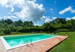 Location vacances  Province de Sienne - Holiday Home with Pool in Abbadia San Salvatore-3